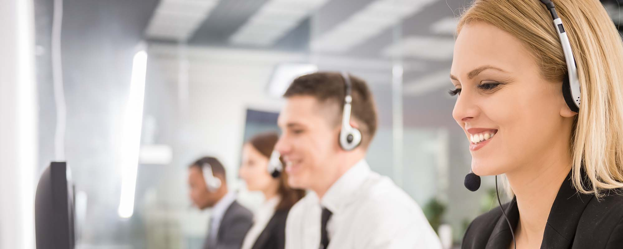 Solutions-Contact-Center-2000x800-1